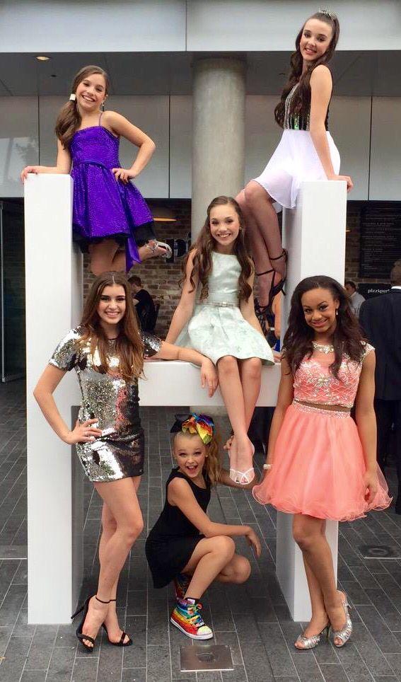 Mackenzie, Kendall, Maddie, Kalani, Jojo & Nia