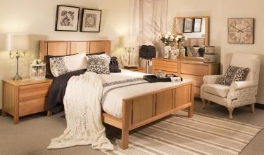 Colour ideas to go with oak bedroom furniture