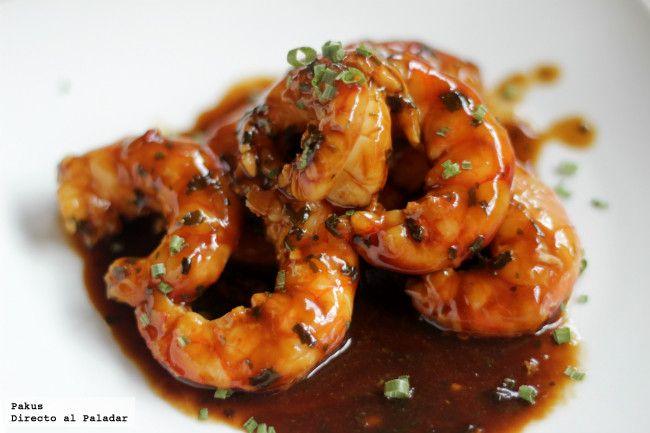 Gambones en salsa de ostras. Receta con fotos paso a paso del proceso de elaboración y presentación. Versión de la receta de Yaquir Sato y truco...