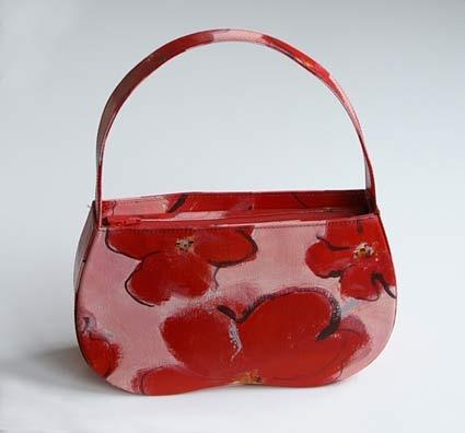 Handpainted art-bag  'Klaproostas', acryl op doek, in samenwerking met tassenlabel Ceci (Helene Wecke), de tas is verkocht in een beperkte, handgeschilderde oplage in warenhuis 'Printemps' te Paris