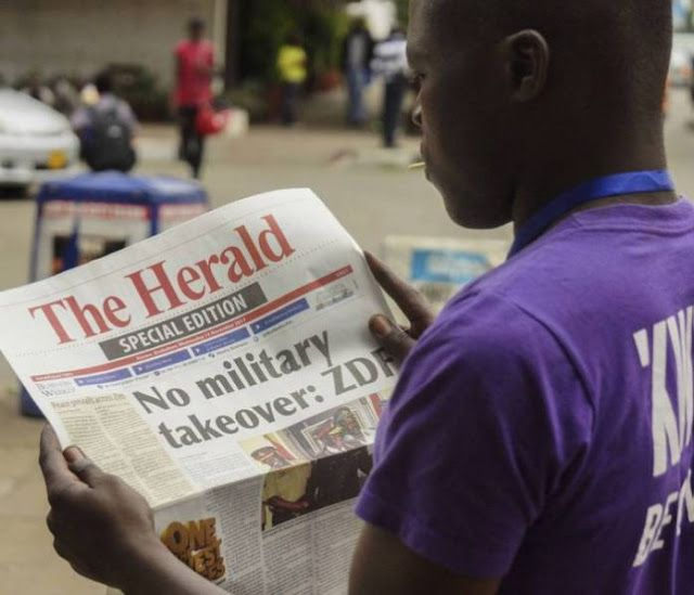 FOW 24 NEWS: Zimbabweans In South Africa Hope For Change At Hom...
