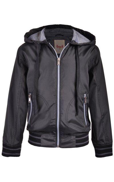 Chamarra con Capucha Fukka. #chamarra #chaqueta #rompevientos #negro #black #ropa #moda #fashion #estilo #niños
