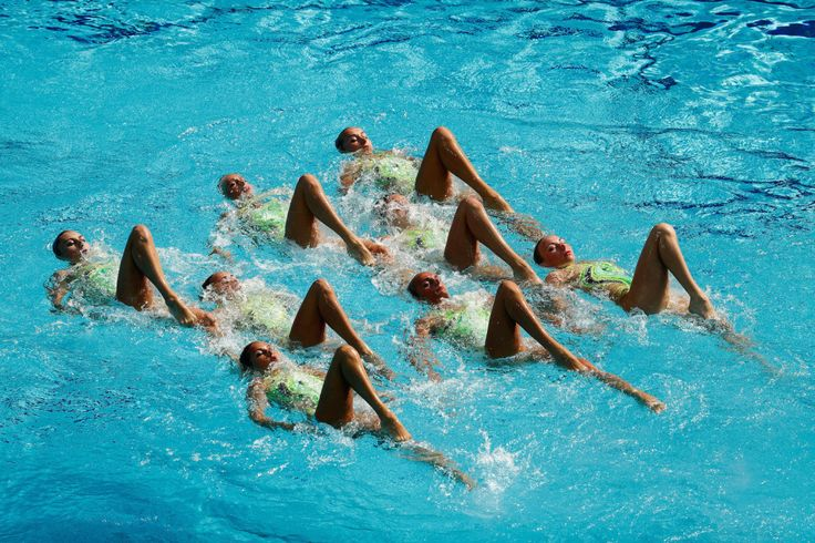 These Routines In The Olympic Synchronised Swimming Will Give You Intense...