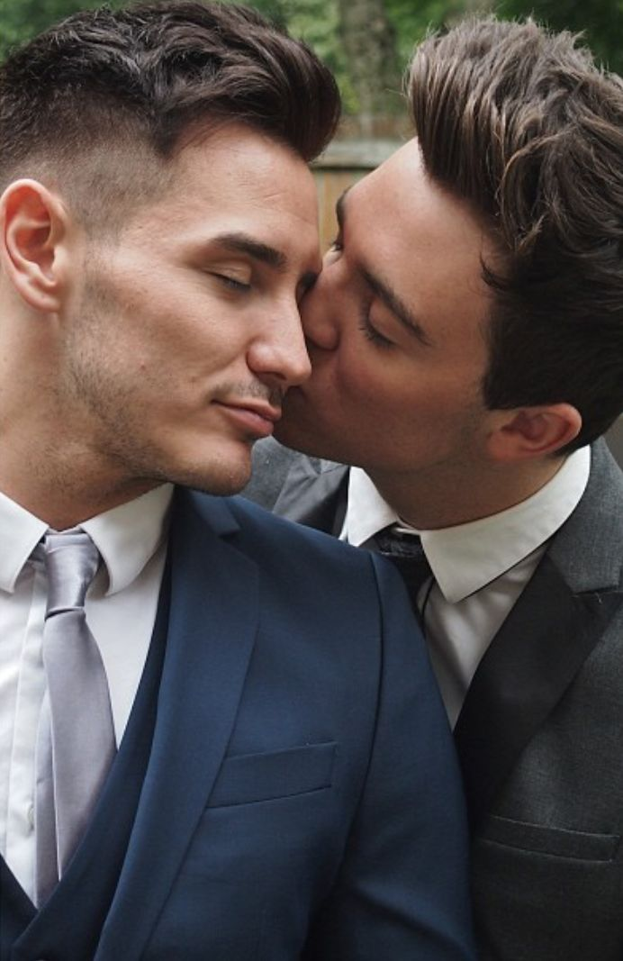campaign single gay men This spring, news of a campaign of repression against gay men in chechnya, a republic in russia's north caucasus, began to appear in the united states and europe dozens of men suspected of.