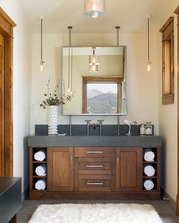 Clean contemporary bathroom design with super-cozy rug underfoot.