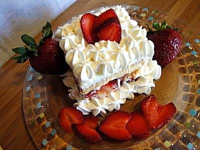 White Chocolate Strawberry Tiramisu