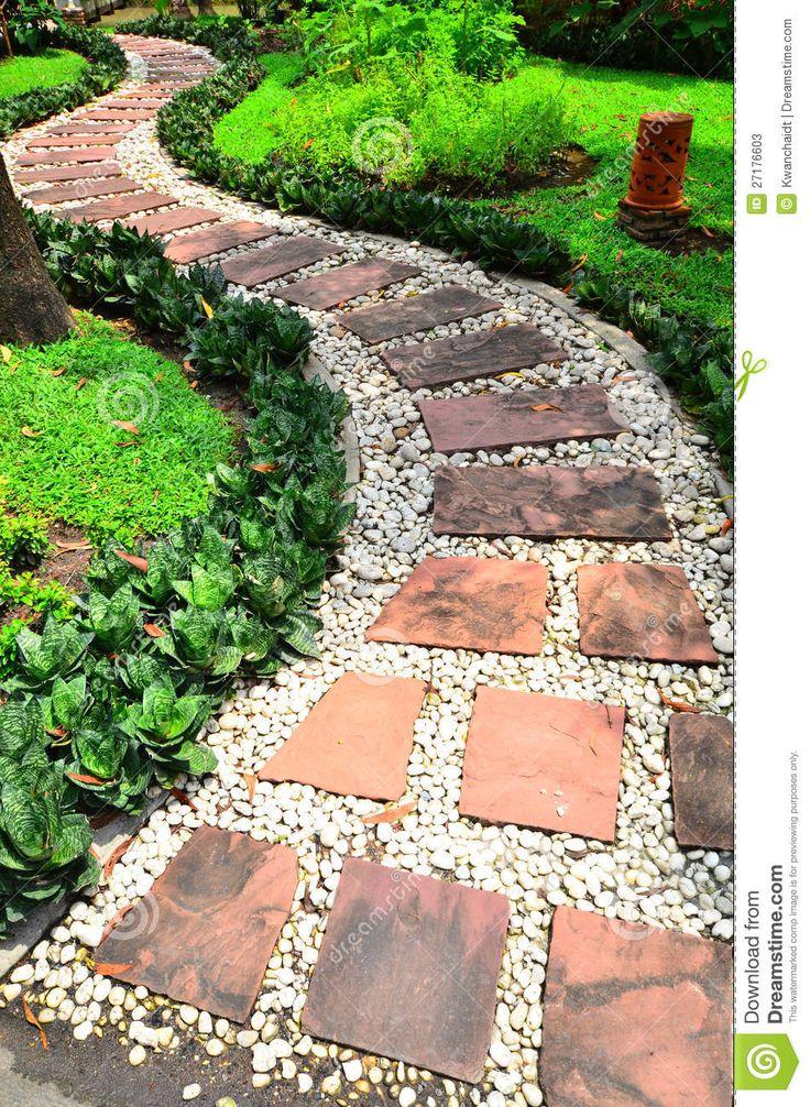 Caminho De Pedra Em Um Jardim - Baixe conteúdos de Alta Qualidade entre mais de 57 Milhões de Fotos de Stock, Imagens e Vectores. Registe-se GRATUITAMENTE hoje. Imagem: 27176603