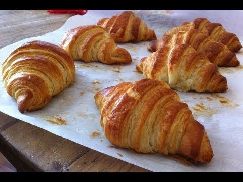 CORNETTI DOLCI Ricetta Facile con poco burro - Easy and Quick Croissant Recipe - YouTube