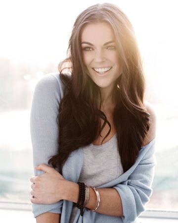 A style session with  Breakout Kings'  Serinda Swan