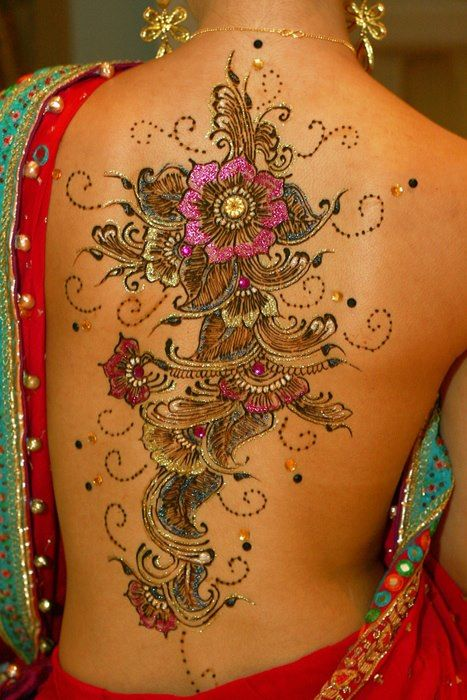 crystals on her backTattoo Ideas, Henna Art, Mehndi Design, Henna Design, Body Art, Back Tattoo, Tattoo Design, Atattoo, Henna Tattoo