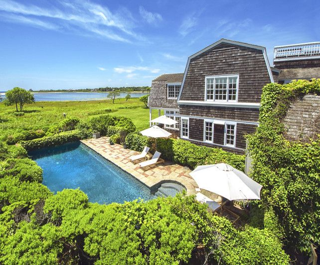 Classic Hamptons Beach House for Sale