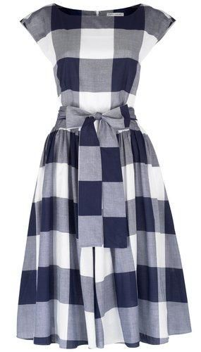Laura Ashley B checkered dress- Did she sleep in a Hästens the night before she designed it?