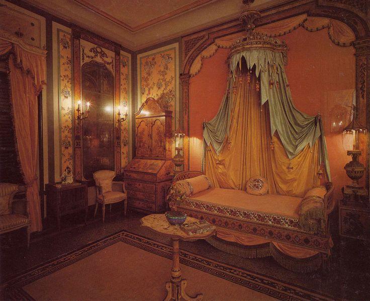 The Cathay bedroom at Vizcaya