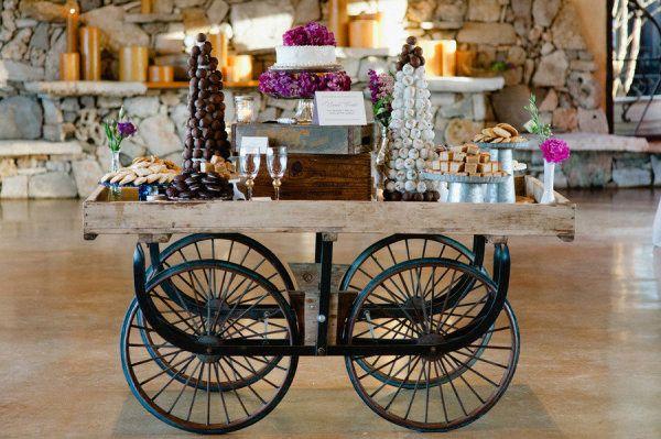 Wedding dessert display ideas: carts | Photo: Shannon Cunningham Photography