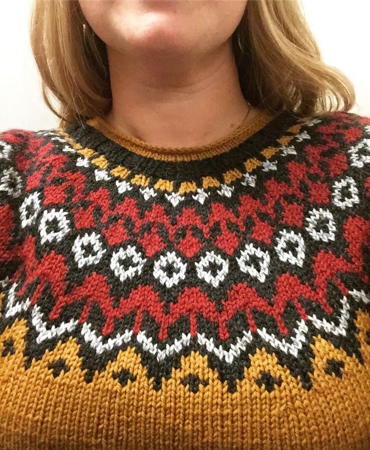 46 отметок «Нравится», 9 комментариев — Nile (@nileversatile) в Instagram: «Nyyyydelig genser som mamma har strikket til meg ❤️ #riddari #islandsstrikk #vikinggarn…»
