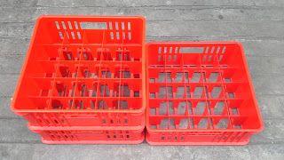 Selatan Jaya distributor barang plastik Surabaya: keranjang Krat gelas plastik kode 7001 merk Rabbit...
