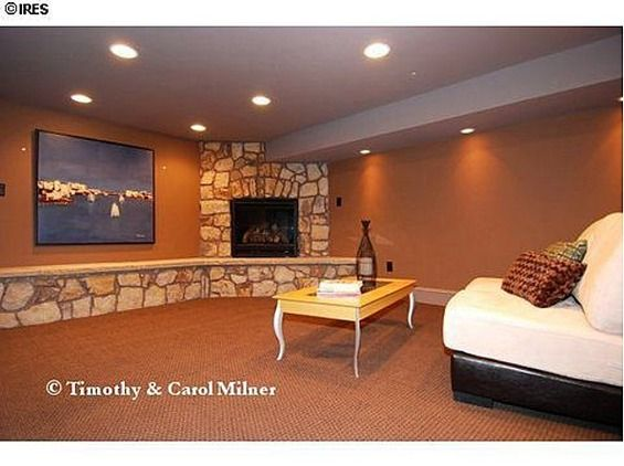Jonbenet ramsey 39 s boulder co home circa 2011 basement for Ramsey fireplace