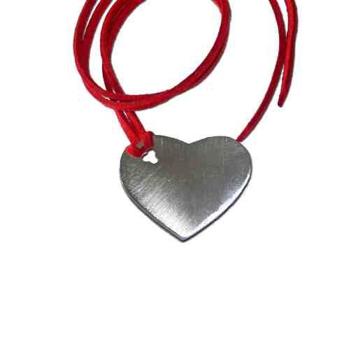 An amazing pendant in the shape of a heart, designed for more modern and eccentric apperances. An unique jewellery for every day. Dimensions: 3cm x 2,5cm Silver 925°