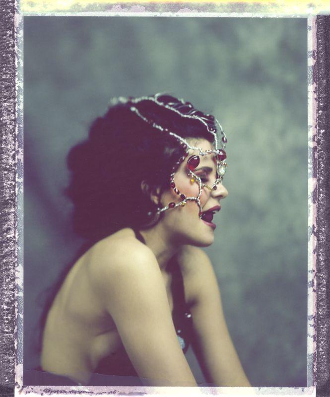 model: Aleksandra Hapka designer: Greg Red mua: Viola Mietlicka hair: Izabela Grynia / La Belle scan large format polaroid