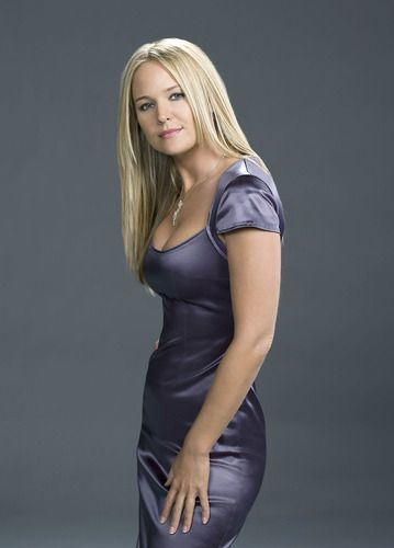 Sharon Case Hot   Sharon Case Pictures - Photo Gallery: The Sexiest Soap Stars
