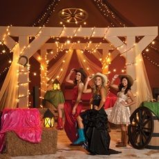 Use a country theme for your Prom, Homecoming or Sadie Hawkins dance. Teens can accessorize with cowboy hats and boots.