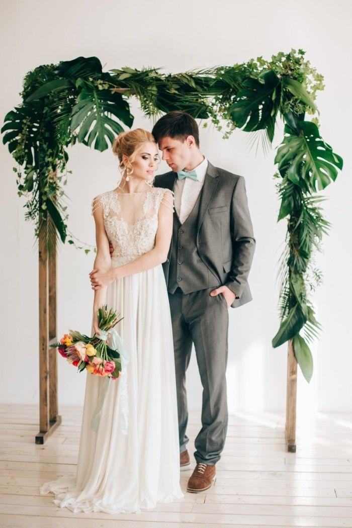 Красивая свадьба в южном тропическом стиле.