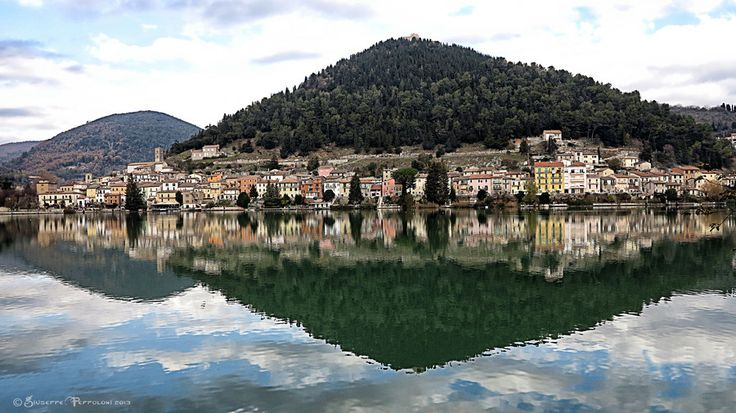 Reflection by Giuseppe  Peppoloni on 500px