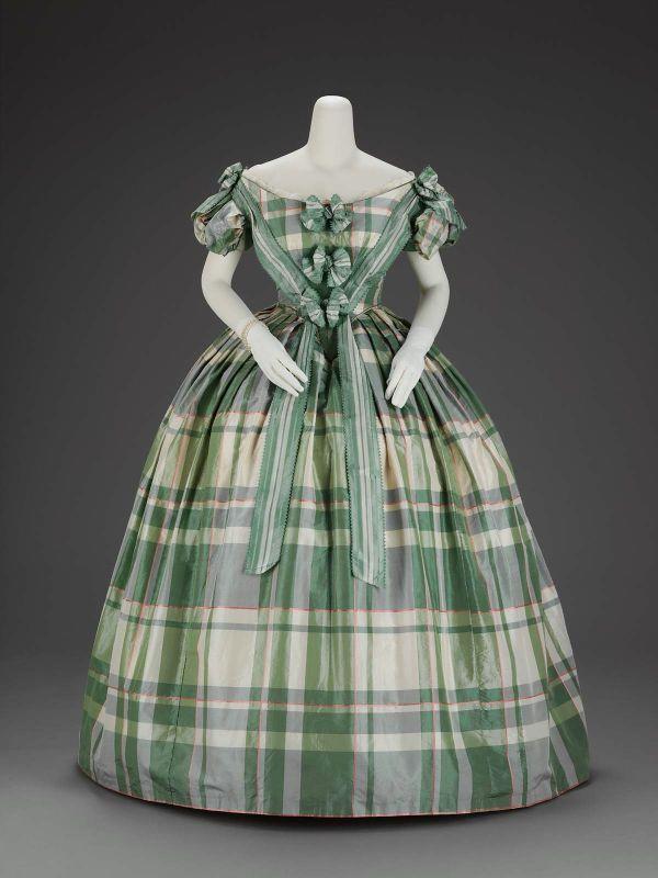 1860 Ballgown