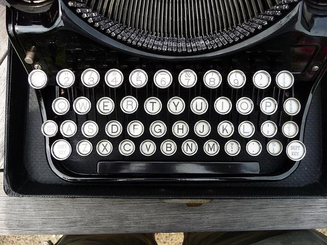 No 1 key on the typewriter  Flickr - Photo Sharing