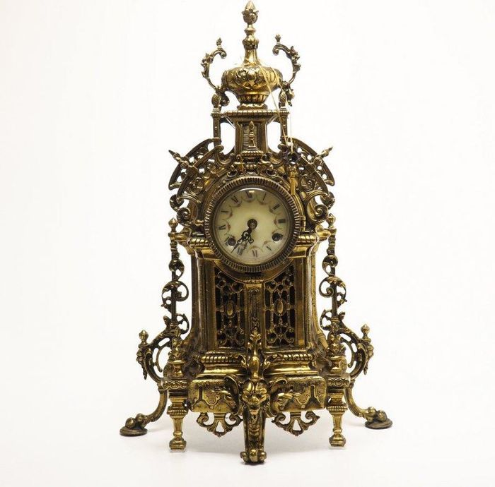 Catawiki online auction house: Bronze Table Clock, 20th Century (in working order), 12kg