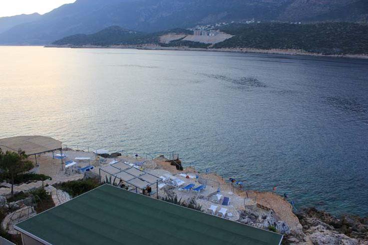 Yaz aylarında farklı bir deneyim yaşayıp , iyi bir tatil geçirmek ve dinlenmek istiyorsanız Korsan Ada Kaş Otel tam da isteğinize göre bir seçim. Dilediğiniz gibi eğlenecek, dilediğiniz aktivitelere katılabilecek ve deniz keyfini süreceksiniz. www.korsanadahotel.com  #korsanada #kaşotel #hotelkaş #kaşotelleri