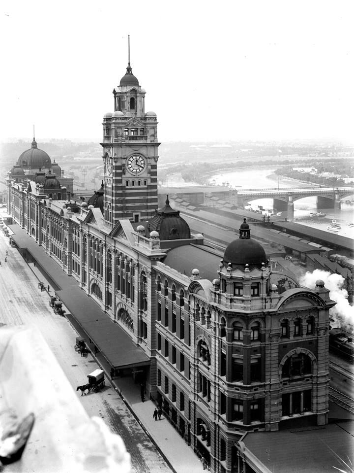 Flinders St Station - Taken in 1911.