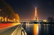 Экскурсия 'Ночной Париж'  Вы в Париже! Повторите это несколько раз и вы поймете, что спать нельзя! Всё что Вам необходимо - заказать экскурсию 'Ночной Париж' в нашей компании. Самое завораживающее начнется с наступлением ночи. Город не спит, он лишь переоделся, сменив  платье на вечернее, шикарное,  с бриллиантами. Именно впервые в Париже, названном впоследствии Городом Света, во времена правления Людовика 14 появились уличные фонари.