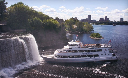 Croisière aux Chutes Rideau   _________________    Capital Cruises – Multiple Locations  Evening Cocktail Cruise or Historic Sightseeing Cruise on the Ottawa River