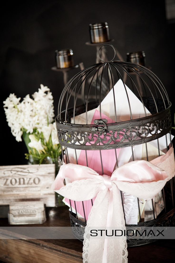 Wedding Reception Inspiration. A vintage Bird Cage as a Wishing Well.   Photography by Melbourne Wedding Photographers StudioMax
