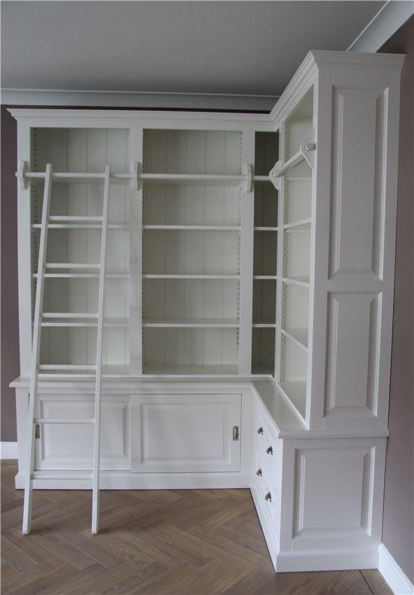 Maatwerk Bibliotheekkast Met Hoek 200x140 Cm. Hoogte Is 238 Cm.  Maatwerk Boekenkast Met Ladder RAL 9010