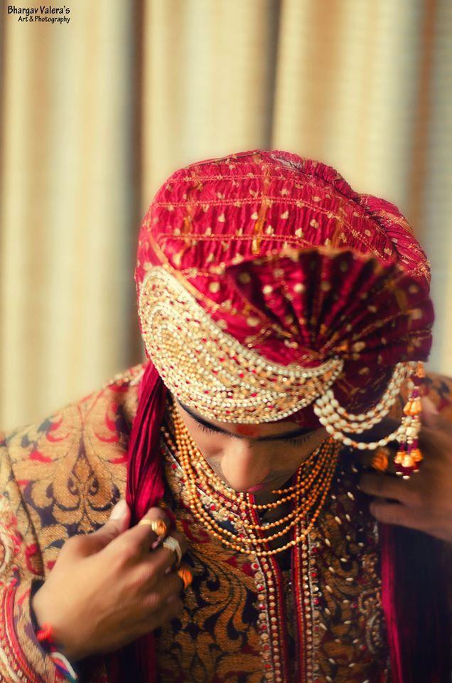 vivid details groom image! Photo by Bhargav Art, Ahmedabad #weddingnet #wedding #india #indian #indianwedding #prewedding #photoshoot #photoset #groom #wear #groomwear #sherwani #groomsmen #photographer #photography #inspiration #planner #organisation #invitations #details #sweet #cute #gorgeous #fabulous