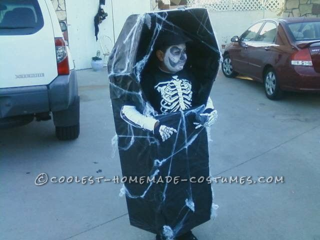 Prize Winning Walking Skeleton in Coffin DIY Costume… Enter Coolest Halloween Costume Contest at http://ideas.coolest-homemade-costumes.com/submit/