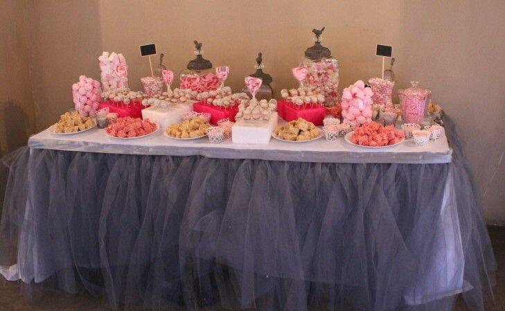 Love is sweet table