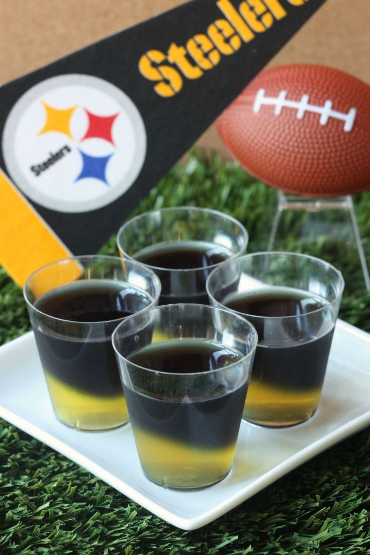 Pittsburgh Steelers Jell-O Shots (3 oz. box lemon Jell-O 2 envelopes Knox plain gelatin  2 cup vodka  3 1/2 Tbs grape Jell-O powder 3 1/2 Tbs lime Jell-O powder Black food coloring)
