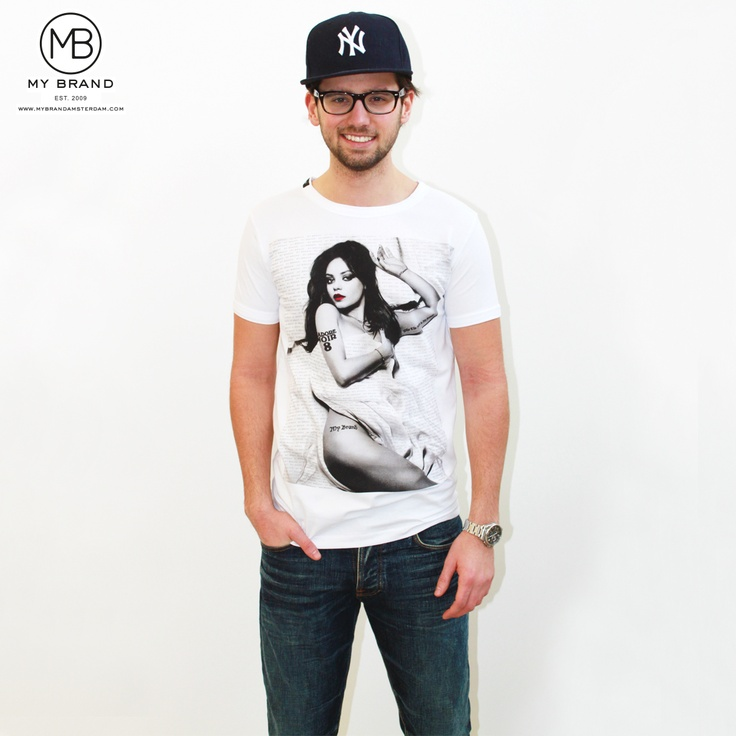 Ruud Feltkamp in My Brand Mila Kunis T-shirt!