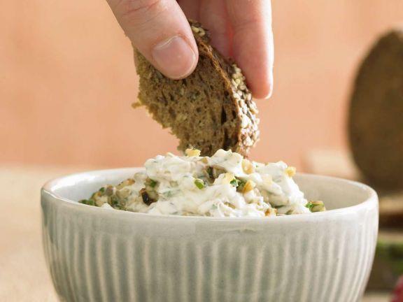 Pilzcreme ist ein Rezept mit frischen Zutaten aus der Kategorie Dips. Probieren Sie dieses und weitere Rezepte von EAT SMARTER!