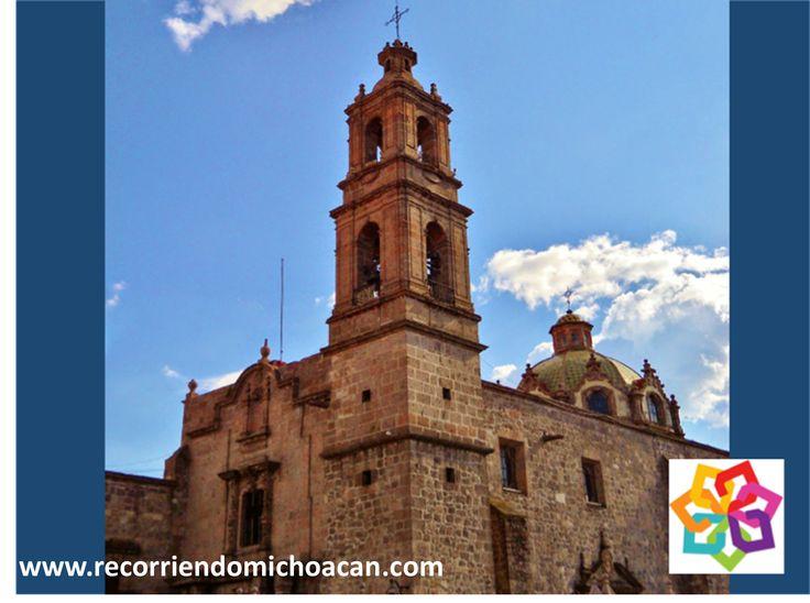 """RECORRIENDO MICHOACÁN. El Templo de la Merced data del siglo XVIII; perteneciente a la Gloriosa, Real y Militar Orden de Nuestra Señora de la Merced y del Rescate, Redención de los """"cautivos"""" o """"mercedarios"""". Tiene dos fachadas al oriente, una del siglo XVIII, muy singular dentro de la arquitectura moreliana. Una buena opción para visitar en Michoacán. http://www.aghotel.com.mx/"""