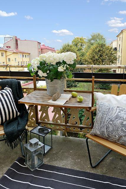 Hook On Balcony Table