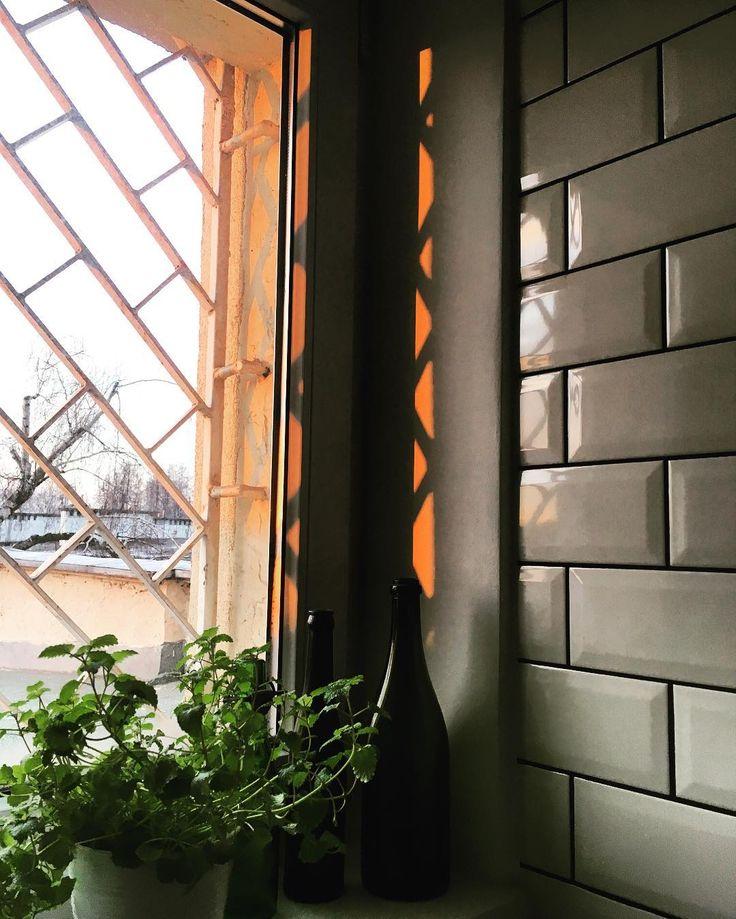 Refleksy cześć kolejna.#windows #nowahuta #sunrise #wiosna #igerskrakow #instaphoto