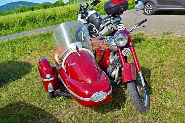 Jawa 250 / 353 + sidecar Velorex /Drahotuse/