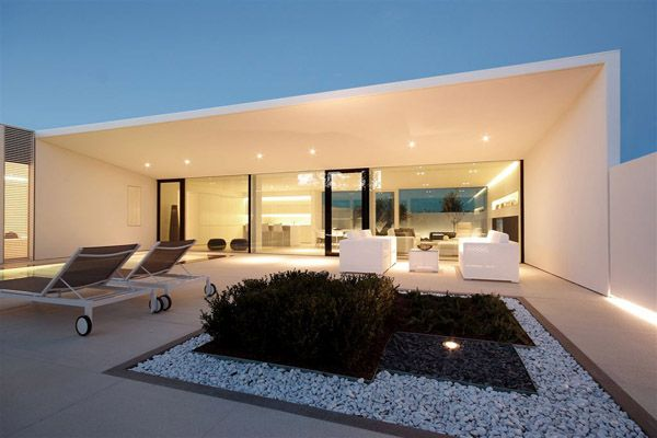 Jesolo Lido Pool Villa in Italy by JM Architecture
