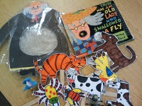 Lots of printable props to go along with popular books.