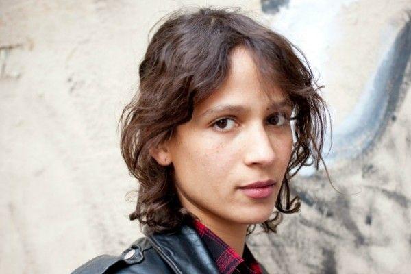 """Mati DIOP, réalisatrice et actrice. Son film """"Atlantiques"""" est projeté durant la durée de l'exposition au musée des Beaux-Arts de Rennes (Panorama 11, 2009)."""