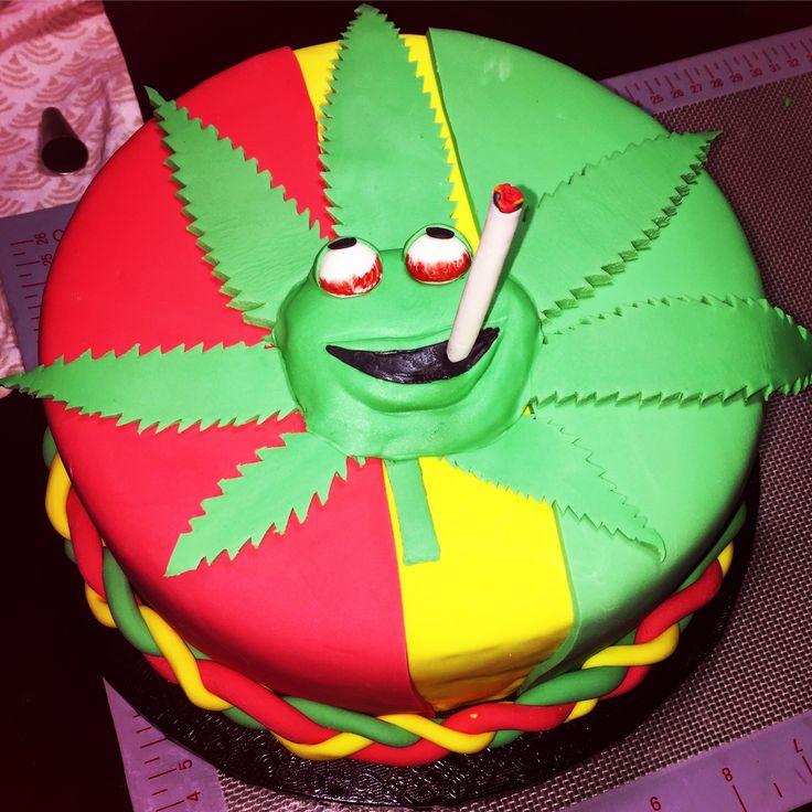 Birthday cake fondant Rasta theme